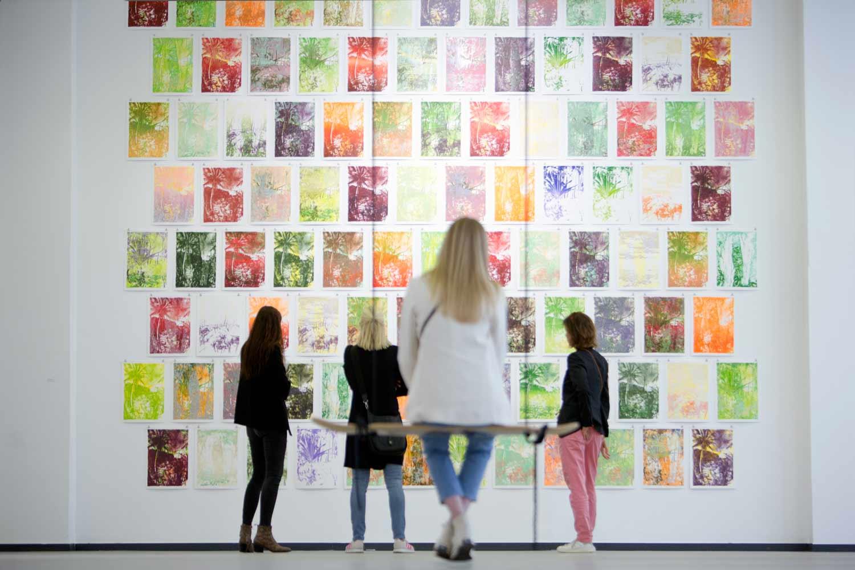 Ausstellungsansicht der Ausstellung Morogoro in der Barlachhalle K, Hamburg